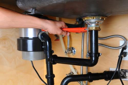Torrance garbage disposal repair available 24/7 by neighborhood plumbers.